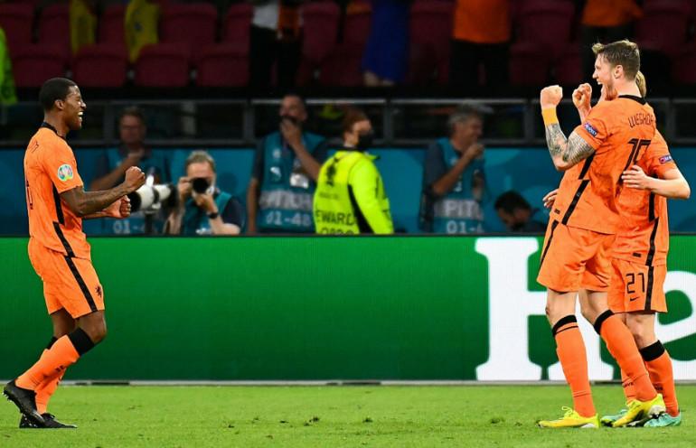 Holandia lepsza od Ukrainy po wspaniałym widowisku
