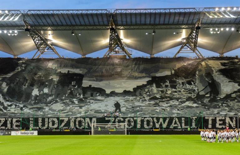 Kibice Legii uczcili rocznicę wybuchu Powstania Warszawskiego