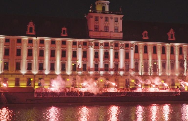 Kibice Śląska Wrocław również upamiętnili rocznicę Powstania Wielkopolskiego