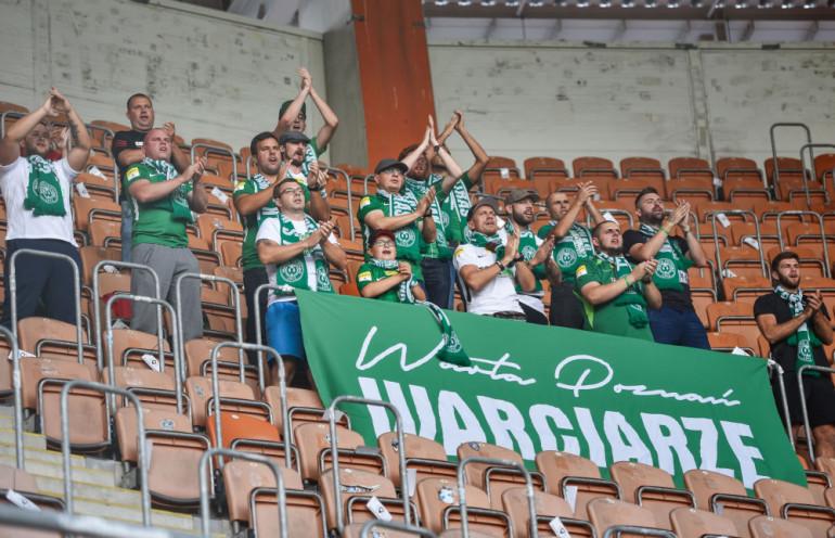 Kibice Warty Poznań na meczu Ekstraklasy z Zagłębiem Lubin